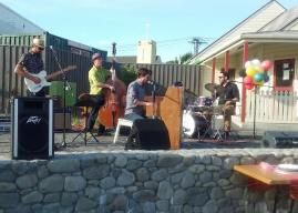 February 2017 First Friday: Fabulous music by Saali Marks, Dayle Raymond Jellyman, Mike Jensen and Patrick Bleakley